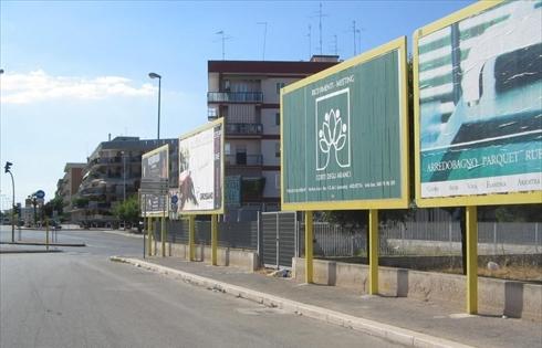 cartelloni pubblicit.jpg