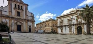 PiazzaDuomoAugusta1