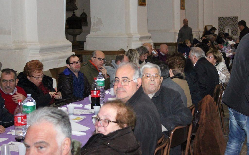 cena-di-solidarieta-gruppo-con-pp
