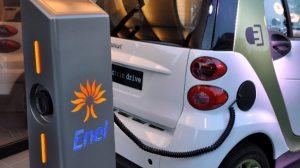 1448018393_Colonnina-Enel-auto-elettrica-misura-600x335